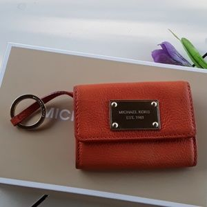 MICHAEL KORS LEATHER WALLET WITH KEYRING